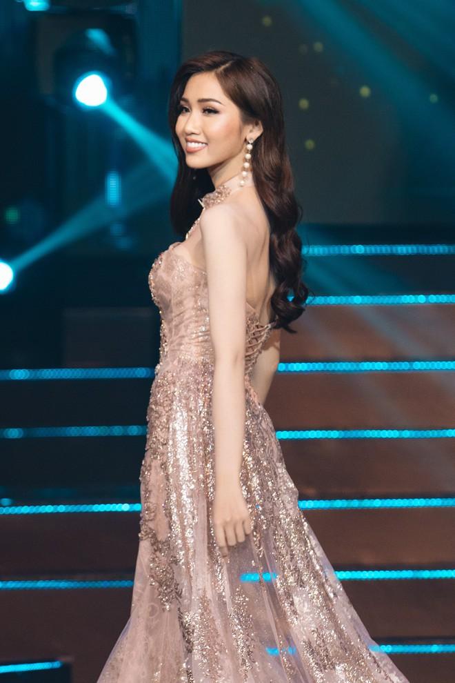 Đại diện Việt Nam - Đỗ Nhật Hà dừng chân tại Top 6 trong đêm Chung kết Hoa hậu Chuyển giới Quốc tế 2019 - Ảnh 3.