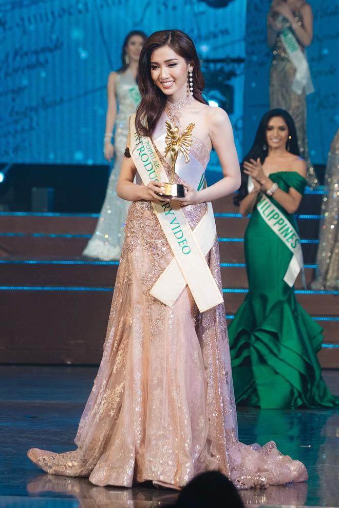Đại diện Việt Nam - Đỗ Nhật Hà dừng chân tại Top 6 trong đêm Chung kết Hoa hậu Chuyển giới Quốc tế 2019 - Ảnh 9.