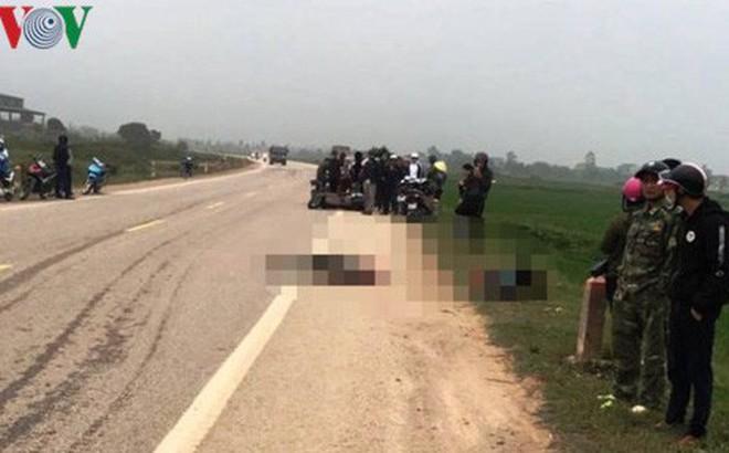 Thanh Hóa: Va chạm với xe tải, 2 bố con tử vong