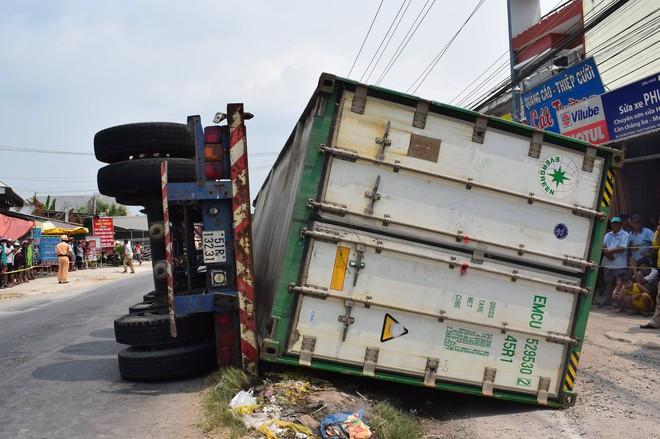 Tài xế xe đầu kéo để tuột thùng container đè 3 bà cháu tử vong dương tính với ma tuý - Ảnh 1.