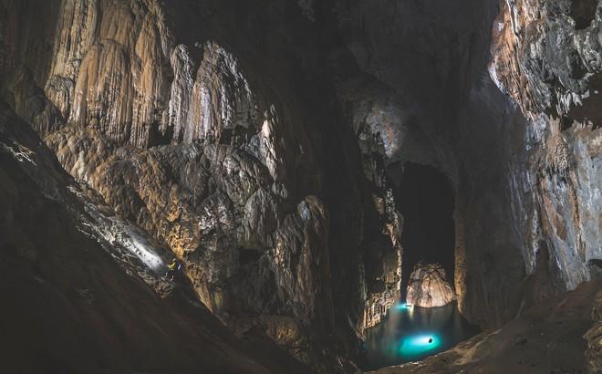 Khám phá vẻ đẹp kỳ ảo bên trong hang Sơn Đoòng - Ảnh 2.
