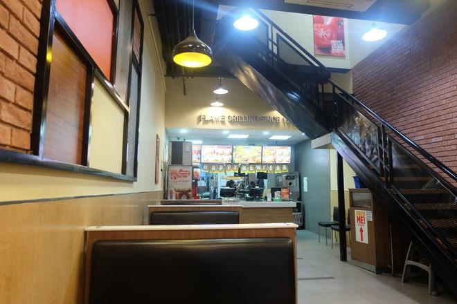 Burger King Hà Nội kinh doanh thế nào trong tâm bão tẩy chay trên mạng xã hội? - Ảnh 9.