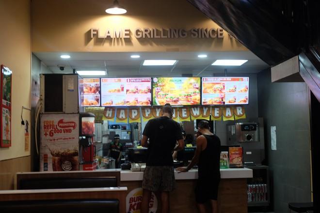 Burger King Hà Nội kinh doanh thế nào trong tâm bão tẩy chay trên mạng xã hội? - Ảnh 6.
