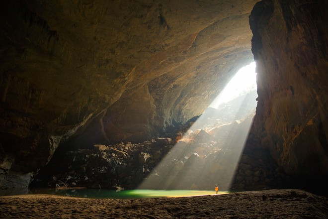 Khám phá vẻ đẹp kỳ ảo bên trong hang Sơn Đoòng - Ảnh 4.