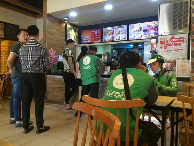 Burger King Hà Nội kinh doanh thế nào trong tâm bão tẩy chay trên mạng xã hội? - Ảnh 3.
