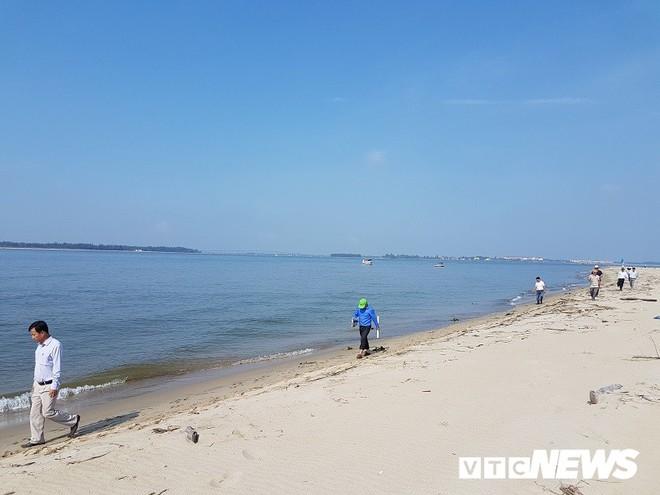 Quảng Nam cắm biển báo tại đảo cát dài 3 cây số nổi lên giữa biển Hội An - Ảnh 5.