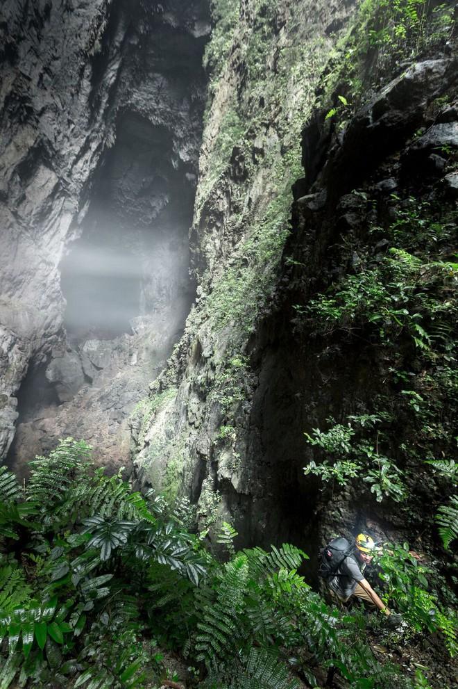 Khám phá vẻ đẹp kỳ ảo bên trong hang Sơn Đoòng - Ảnh 8.