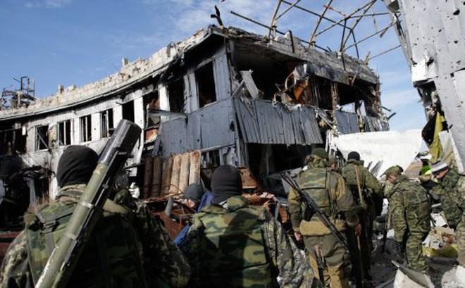 """Lãnh đạo ly khai Ukraine tuyên bố thẳng: Donbass """"phải trở về quê hương"""" Nga giống Crimea"""