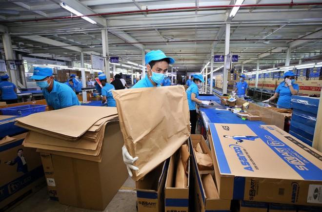 Bán hàng điện tử phải tránh ẩm, Asanzo lại quyết định dùng bao bì giấy tái chế thay cho nilon - Ảnh 1.