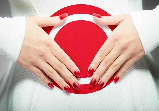 6 điều quan trọng phụ nữ không nên làm ngay sau kỳ kinh nguyệt: Chị em nên chú ý - Ảnh 1.