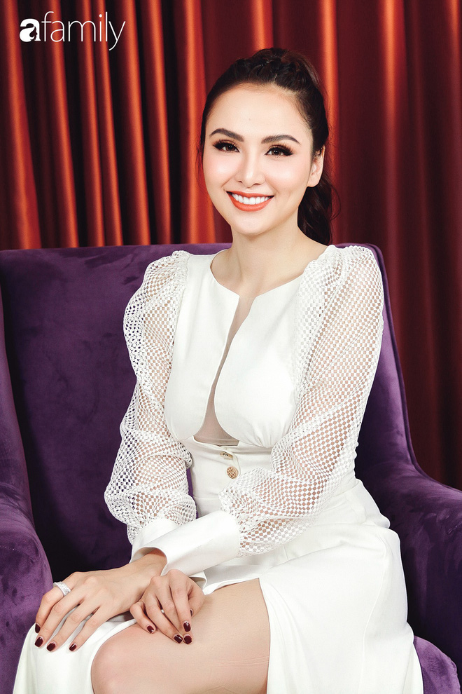 Hoa hậu Diễm Hương: Chồng nào cũng bảo nếu em đừng làm ra tiền thì đã dễ dạy hơn - Ảnh 14.