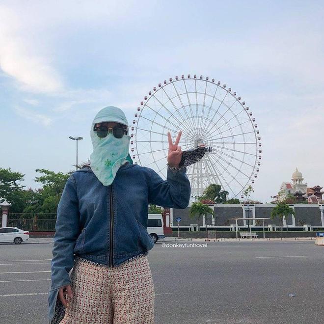 Không có xe tay ga nhưng ninja vẫn giữ nguyên phong cách, chụp ảnh du lịch hè mà bưng bít từ đầu đến chân - Ảnh 3.