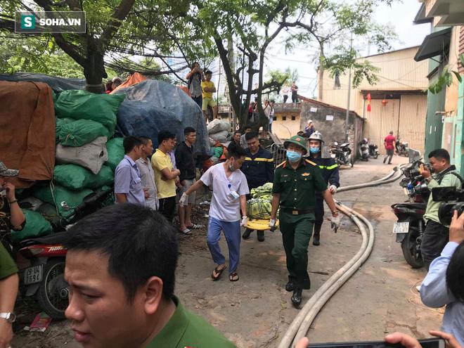 Hiện trường vụ cháy 4 xưởng trong đêm khiến 8 người chết và mất tích ở Hà Nội - Ảnh 2.