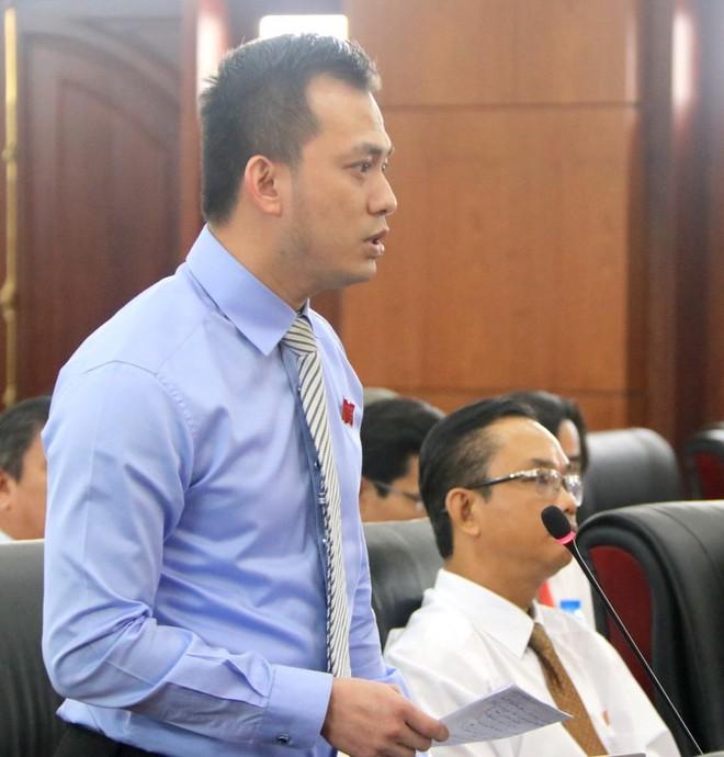 Ông Nguyễn Bá Cảnh từng không đồng ý việc miễn phí gửi xe hoàn toàn mà người dân vô cùng ủng hộ - Ảnh 3.