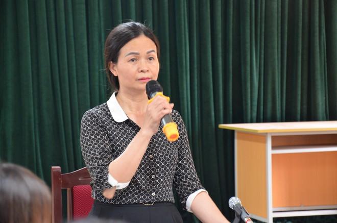 Vụ thầy giáo bị tố dâm ô 7 nam sinh ở Hà Nội: Các cha mẹ khẳng định vụ việc không như báo nêu - Ảnh 2.
