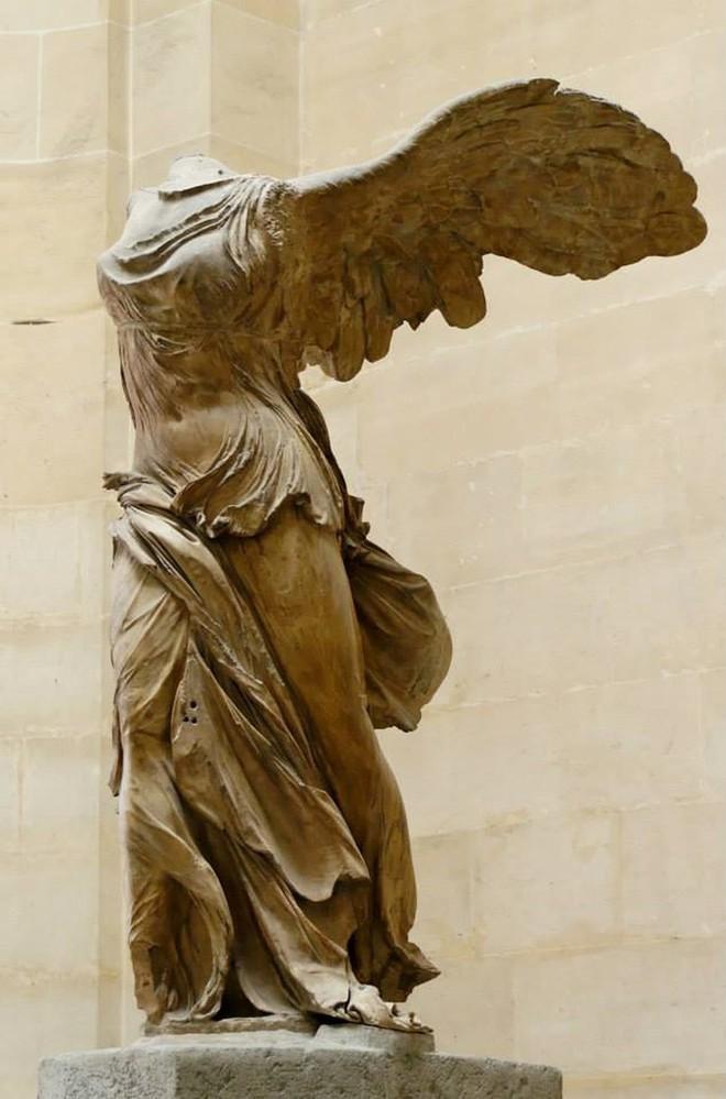 Bạn đã biết gì về 15 kiệt tác nghệ thuật ở Bảo tàng Louvre, Pháp chưa? - Ảnh 1.