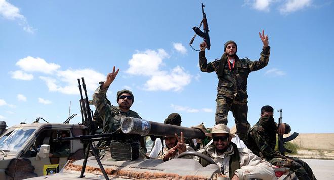 Chuyên gia Đức: Ngộ nhận lớn khiến Tướng Haftar tưởng dễ xơi Tripoli nhưng lại thất bại ngay trong 24h đầu - Ảnh 3.