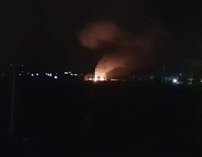 Israel tấn công rung chuyển thành phố đặt S-300, PK Syria khai hỏa - Có thương vong - Ảnh 3.