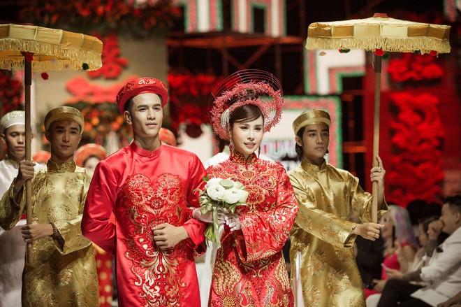 Hoa hậu Hoàng Dung e ấp và hạnh phúc trong ngày Vu quy - Ảnh 6.