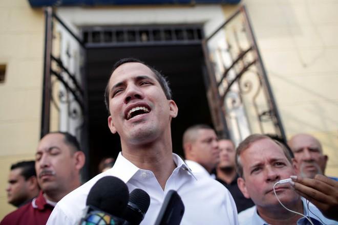 Tổng thống Venezuela tuyên bố bổ sung 1 triệu người để gia tăng sức mạnh quân đội - Ảnh 2.