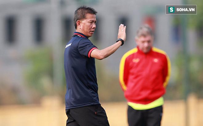 HLV Hoàng Anh Tuấn gợi ý thầy Park dùng cầu thủ U18 Việt Nam cho SEA Games 2019