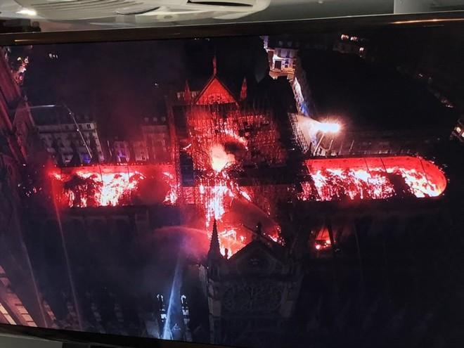 """Nhà thờ Đức Bà Paris cháy như lời tiên tri"""" trong tác phẩm của Hugo - Ảnh 3."""