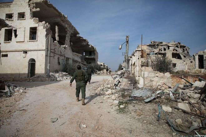 Lính Nga đọ súng dữ dội với lực lượng Iran ở Syria: Đồng minh đánh nhau, thương vong lớn? - Ảnh 2.