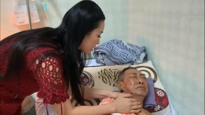 Nghệ sĩ Lê Bình 3 ngày không ăn, đau đớn bật khóc khi Đại Nghĩa, Trịnh Kim Chi đến thăm  - Ảnh 4.