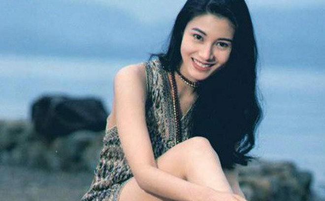 """Đẳng cấp nhan sắc của """"Hoa hậu đẹp nhất lịch sử Hong Kong"""": Hơn 30 năm giữ vững phong độ nhờ vẻ đẹp lai trường tồn với thời gian"""