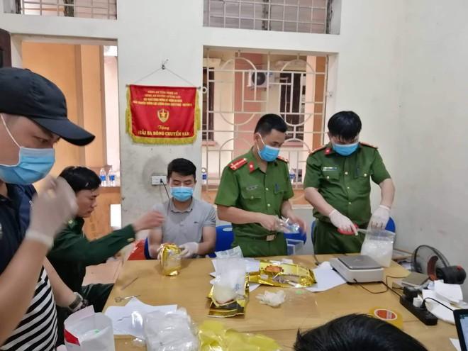 Bất ngờ về chân dung của kẻ điều hành đường dây nửa tấn ma tuý vừa bị bắt tại Nghệ An - Ảnh 4.