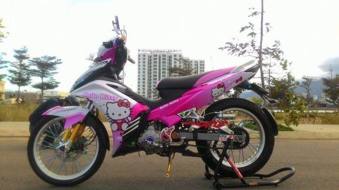 Chàng trai 23 tuổi bị bạn gái chia tay chỉ vì... chiếc xe máy dán hình Doraemon - Ảnh 5.