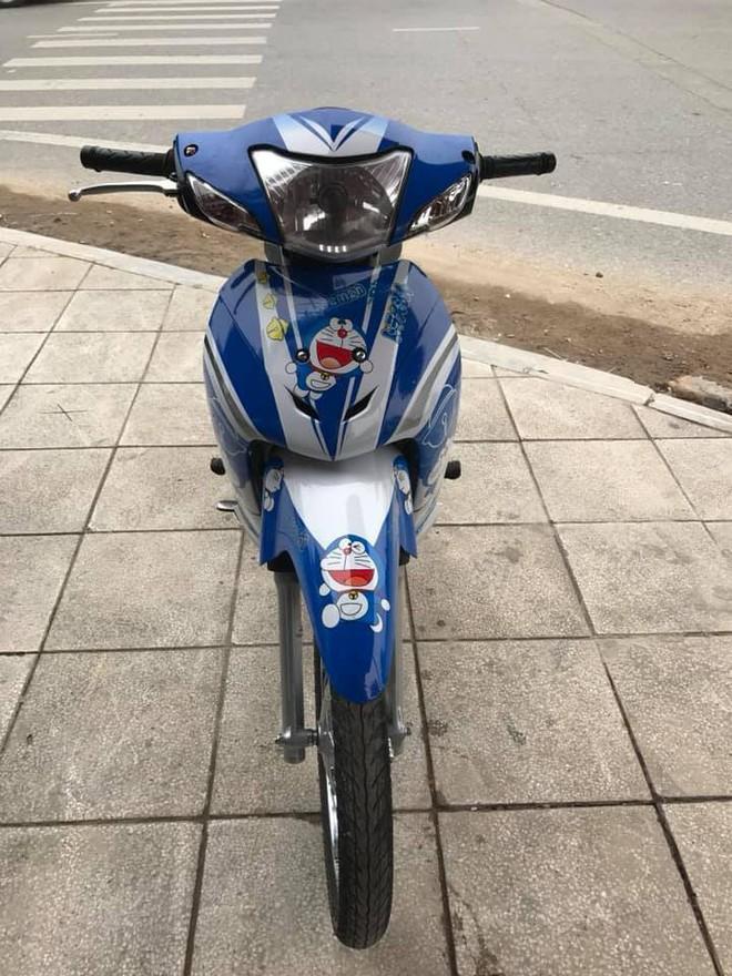 Chàng trai 23 tuổi bị bạn gái chia tay chỉ vì... chiếc xe máy dán hình Doraemon - Ảnh 3.
