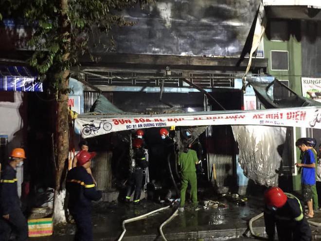 Nhân chứng vụ cháy cả gia đình thiệt mạng: Chúng tôi không nghe được tiếng kêu cứu - Ảnh 3.