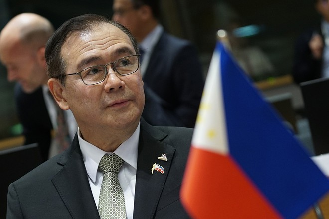 Dân TQ săn lùng báu vật ở Biển Đông bất chấp lệnh cấm, Philippines đe dọa gay gắt - Ảnh 1.