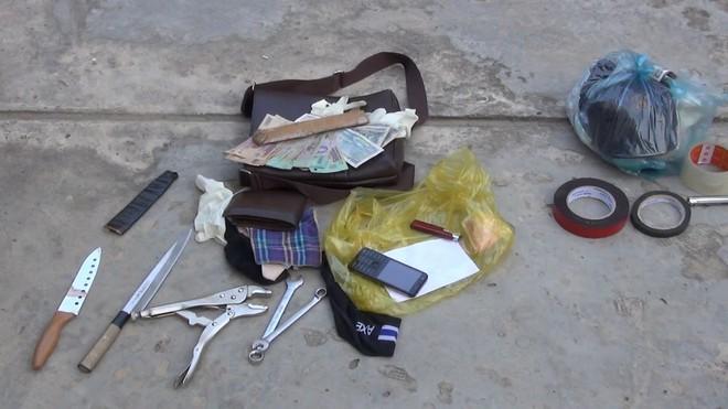 Xóa sổ băng cướp chuyên đi ô tô gây án ở miền Tây - Ảnh 3.