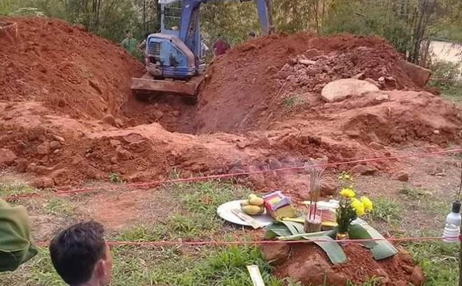 Thi thể phụ nữ cuốn chăn nằm dưới giếng hoang, nghi là người đã mất tích bí ẩn 2 tháng trước