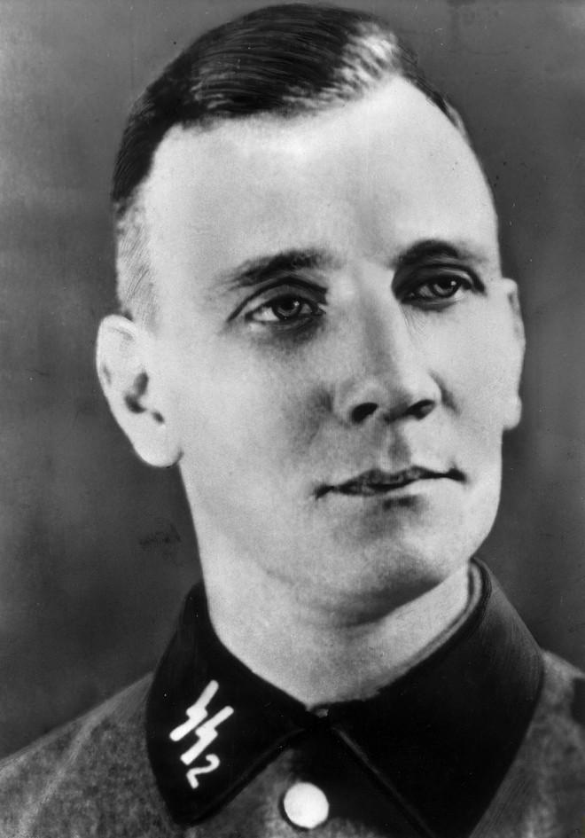 Một mình xâm nhập trại tử thần Đức Quốc xã: Anh khóc như đứa trẻ và cô độc vĩnh biệt đời - Ảnh 7.