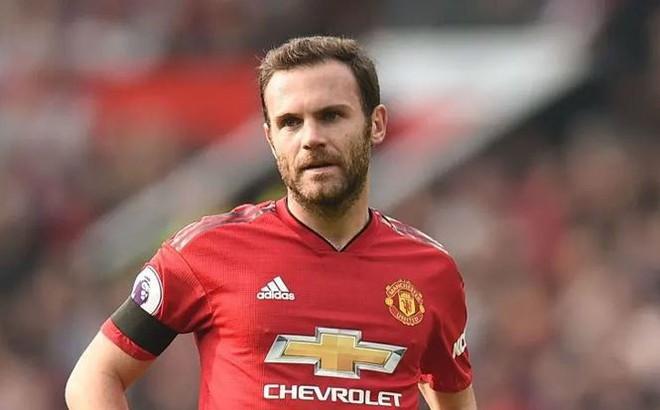 Bị M.U ghẻ lạnh, Mata gia nhập Barcelona theo dạng tự do?