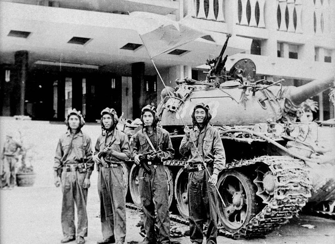 Lính xe tăng lái mò cả đêm để đúng giờ xuất kích: Trận mở màn cho Hành trình đến Dinh Độc Lập - Ảnh 6.