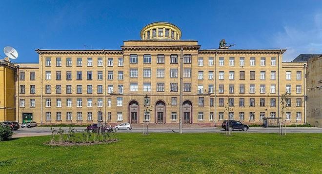 Nổ lớn ở Học viện quân sự quy mô nhất ở Nga, có thương vong - Tình trạng khẩn cấp - Ảnh 2.