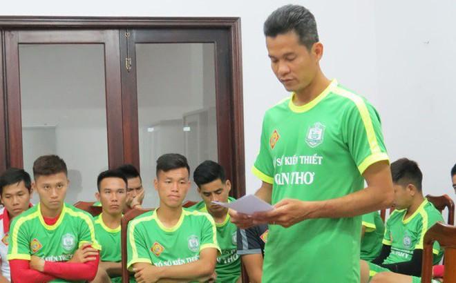 Chuyên gia Vũ Mạnh Hải phản đối mức án khó tin dành cho cầu thủ đá bóng vào lưới nhà