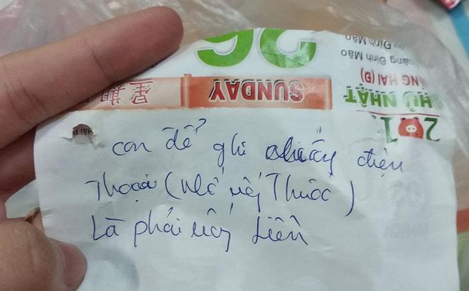 Mẩu giấy nhỏ trong túi thuốc mẹ gửi và câu chuyện khiến những đứa con xa nhà rơi nước mắt