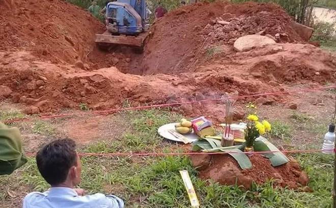 Vụ thi thể người phụ nữ phân hủy dưới giếng nước ở Yên Bái: Công an làm việc với người chồng