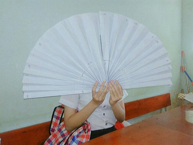 Khi các thánh lắm mồ hôi đi học lúc trời 40 độ, áo trắng hoá xuyên thấu, vắt ra được cả xô nước - Ảnh 6.
