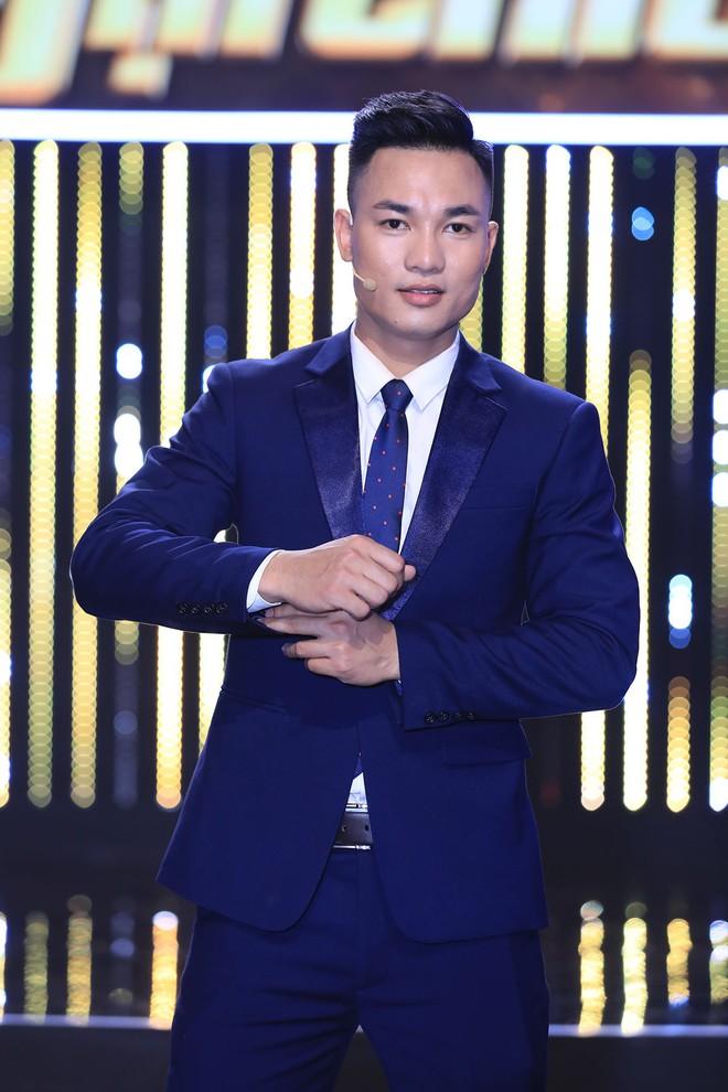 Hương Giang thả thính cảnh sát điều tra hình sự: Em có rất nhiều tội, anh hãy bắt em đi - Ảnh 5.