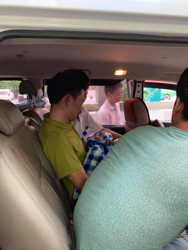 Em của Vì Quyết Chiến qua đời và chuyến xe cuối cùng đưa Lực về quê nhà gặp anh trai - Ảnh 5.