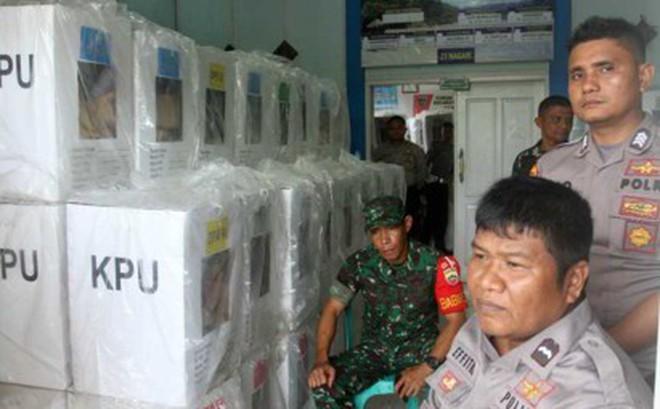 64 nhân viên và cảnh sát Indonesia hy sinh do kiệt sức vì bầu cử