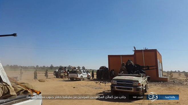 Chiến sự Libya nóng - Cánh quân miền Tây của LNA kéo về Thủ Đô, sẵn sàng đánh hủy diệt Thủ đô - Ảnh 4.