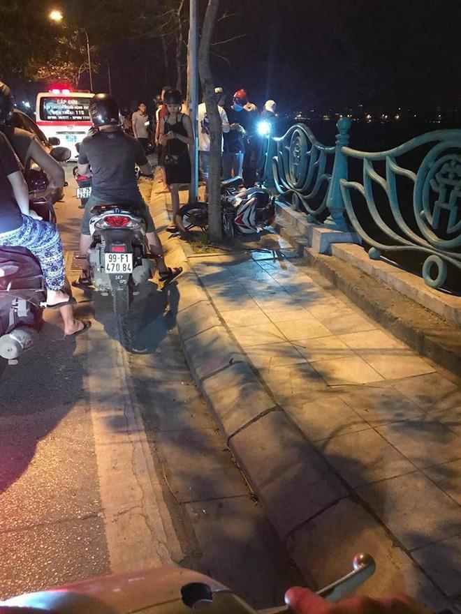 Hiện trường những vụ tai nạn kinh hoàng xảy ra đêm qua ở Hà Nội - hình ảnh liên tục được chia sẻ - Ảnh 6.