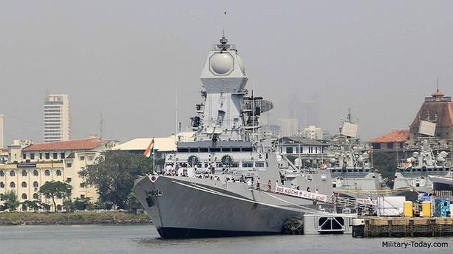 Điểm mặt chiến hạm uy lực các nước tới Trung Quốc dự duyệt binh - Ảnh 2.